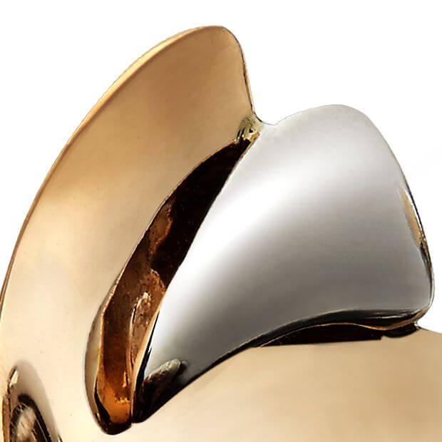 détail bijoux VELA7 création de Véronique lelieur joaillier designER